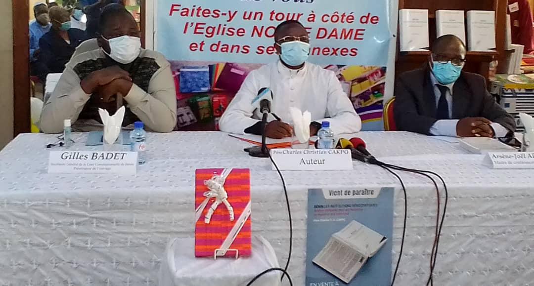 Bénin / Essai :   La radiographie du Père Charles Cakpo des institutions démocratiques